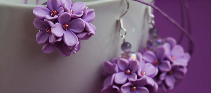 цветы из глины в виде декора