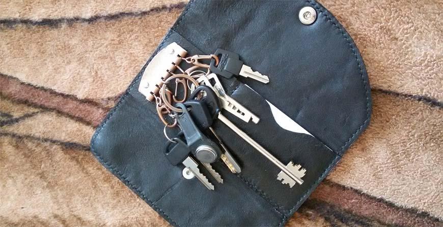 ключница для кармана