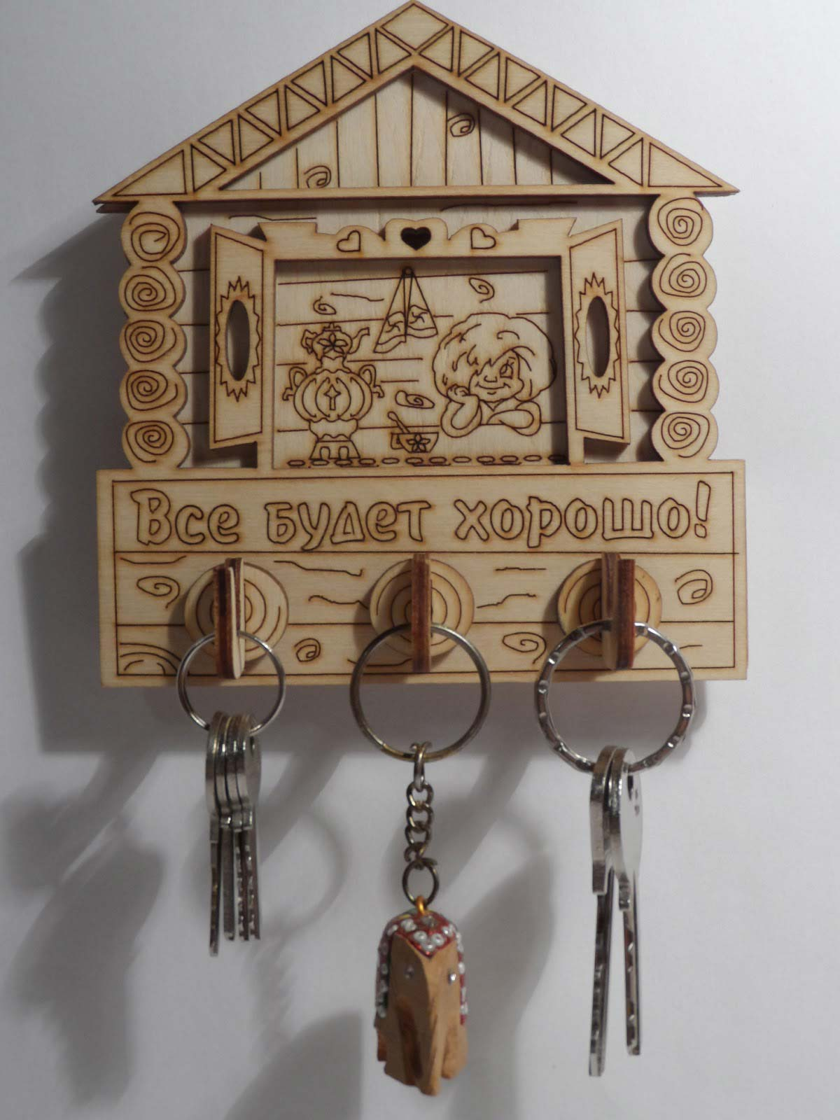 Ключница из дерева домик своими руками 32