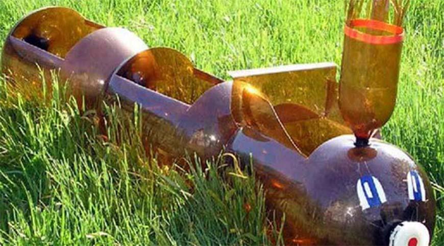 паравозик для цветов из пластика