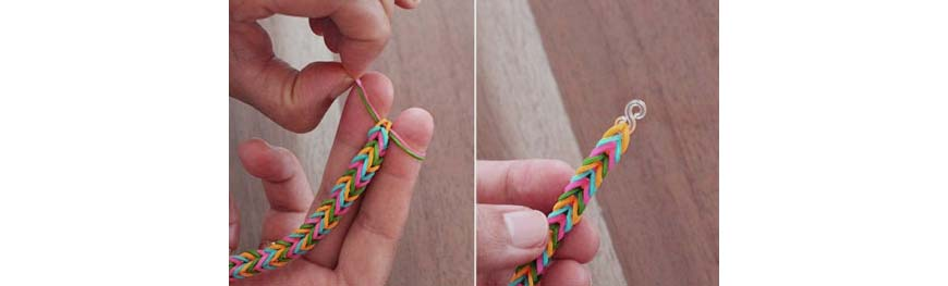плетение из резинок на пальцах
