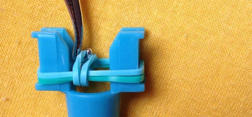 плетение резинок на рогатке - шаг седьмой