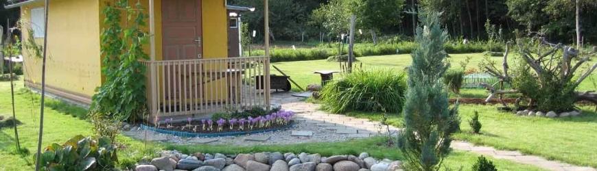 Doğaçlama malzemelerden kendi elleriyle bahçe dekorasyonu (fotoğraf)